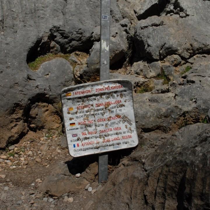 travel with kids children soller mallorca spain hiking torrent de pareis warning