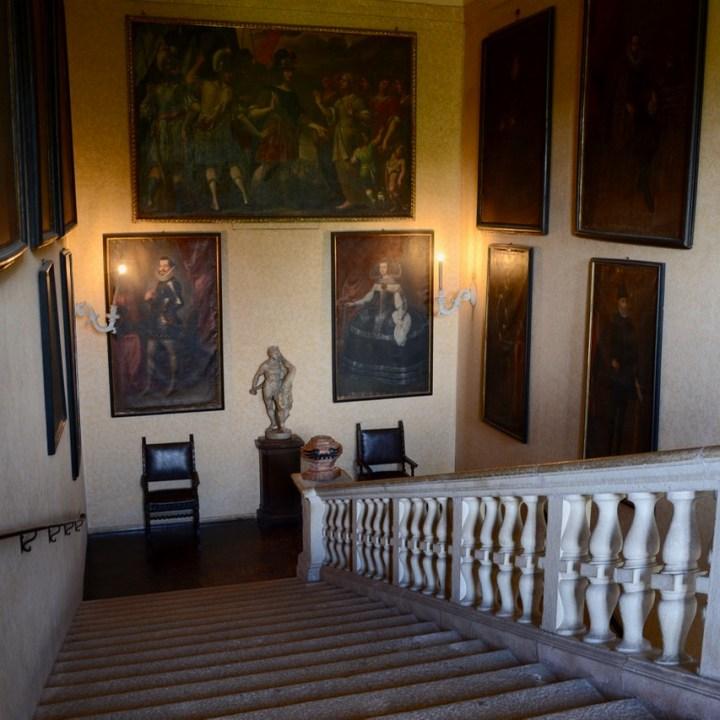 travel with kids children isola madre lago maggiore italy palazzo borromeo stairs