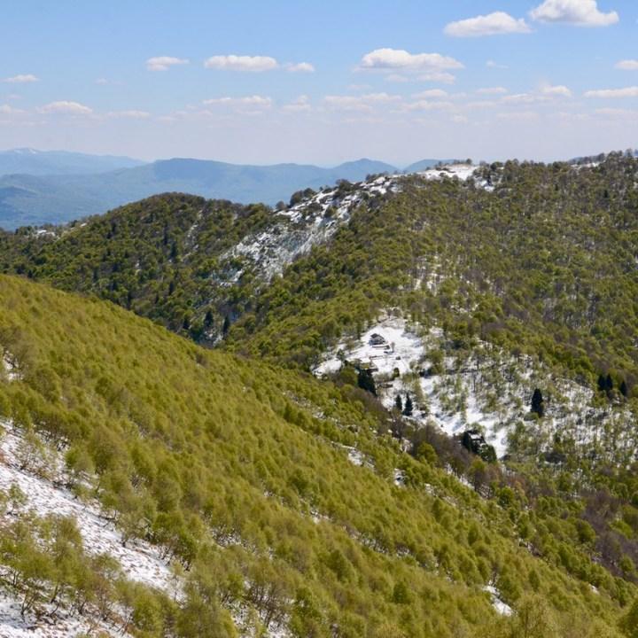 travel with kids children mount spalavera lago maggiore hiking snow hills