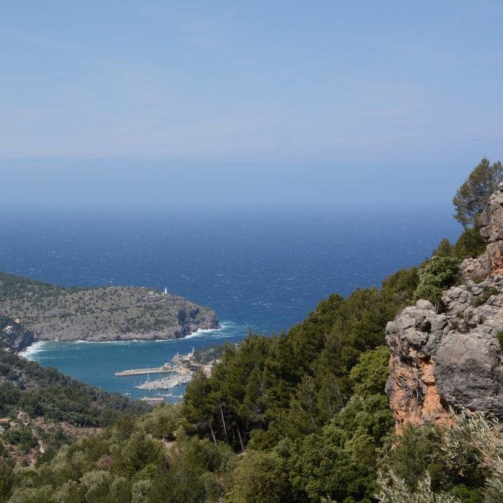 travel with kids children soller mallorca spain hiking cala tuent port soller