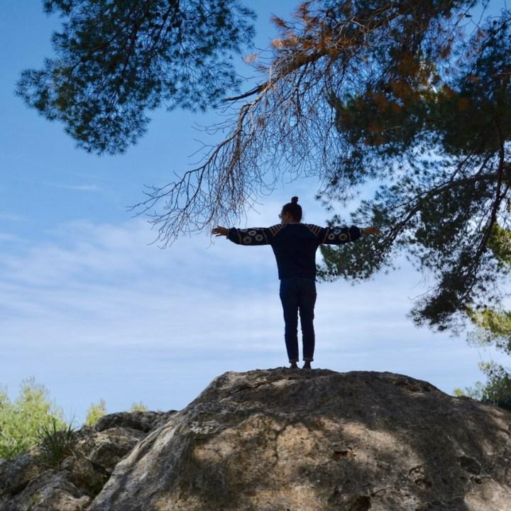 travel with kids children soller mallorca spain hiking cala tuent rocks