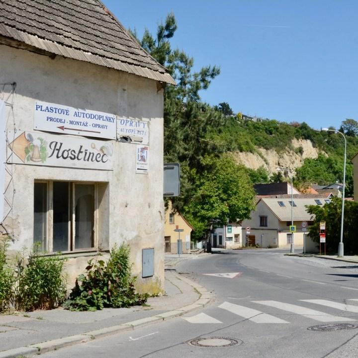 travel with kids prague village
