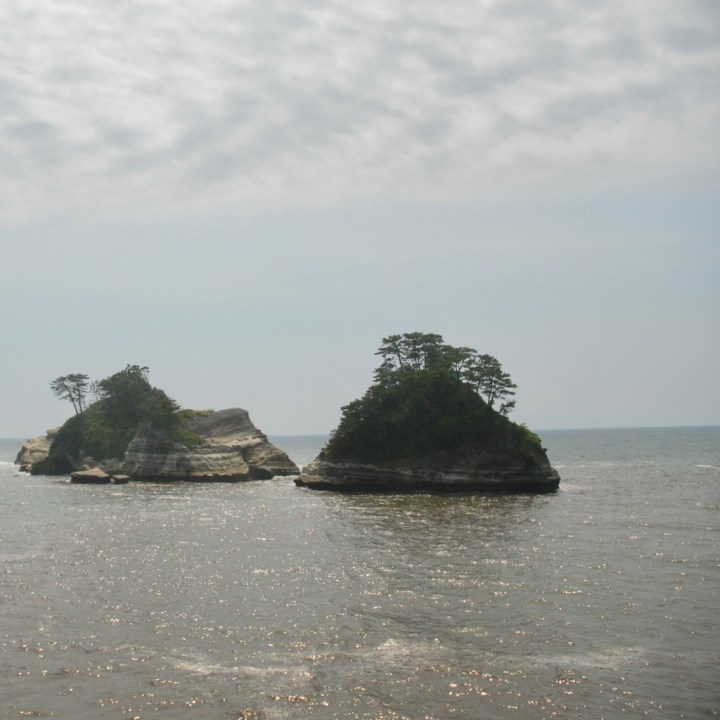 heda japan with kids izu peninsular rock formation
