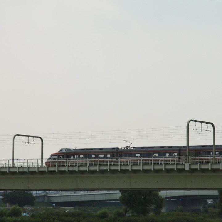 cycling the tame river tokyo japan with kids special train