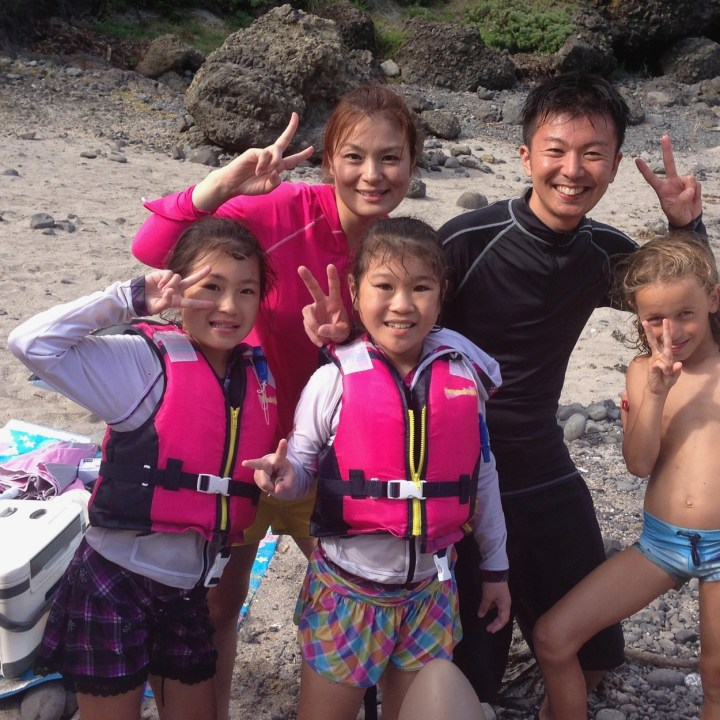japan with kids izu peninsular touji beach say cheese