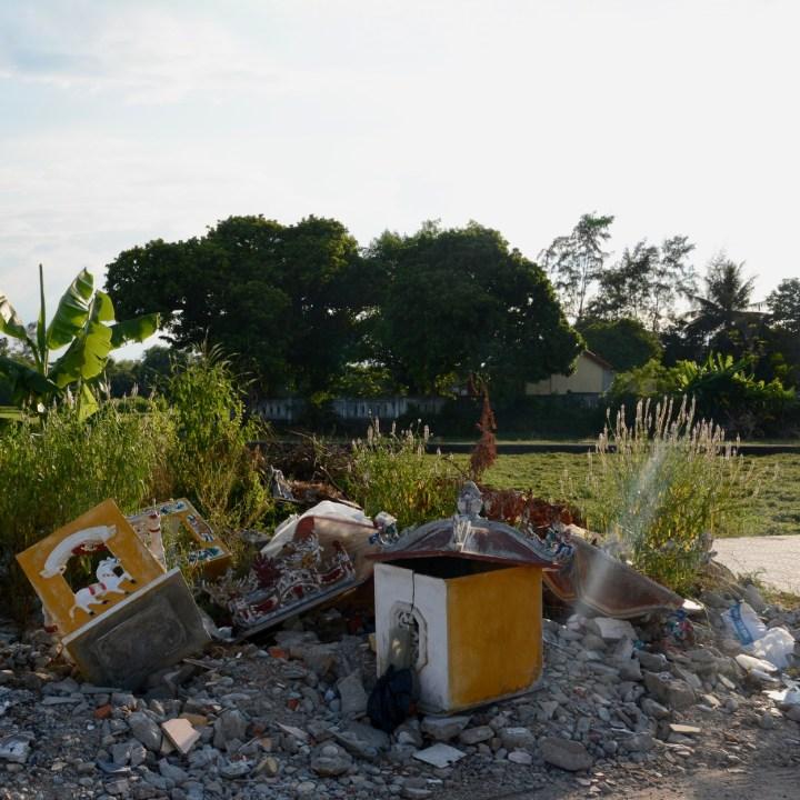 vietnam travel with kids hue rubbish heap