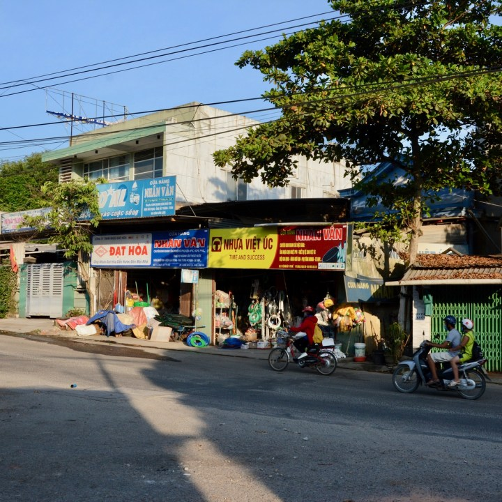 vietnam travel with kids hue local shops