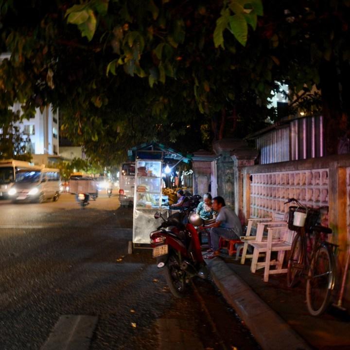 vietnam with kids hue evenings banh mi