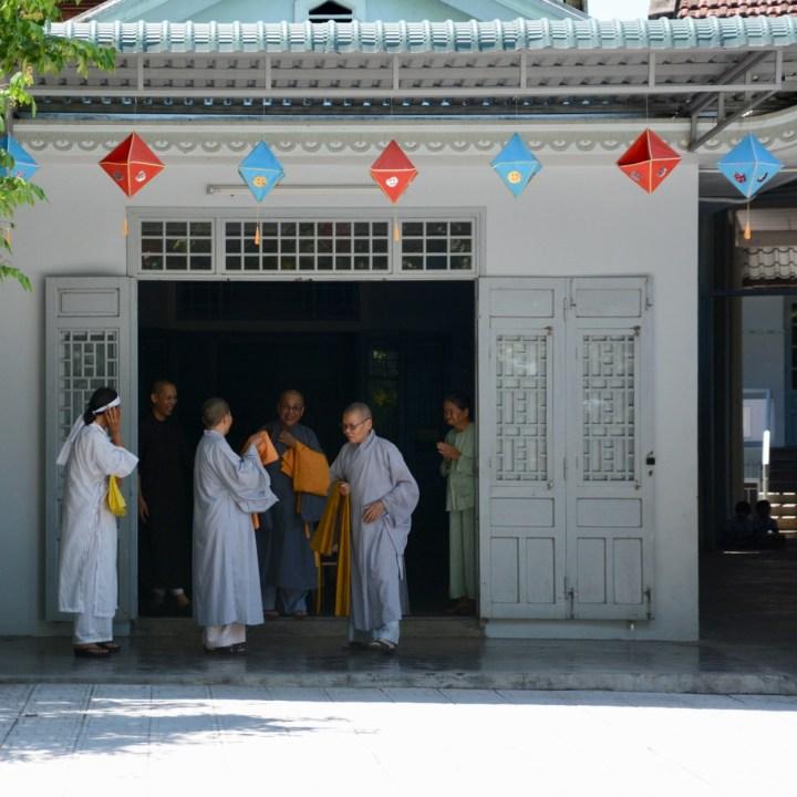vietnam with kids hue duc son pagoda priests