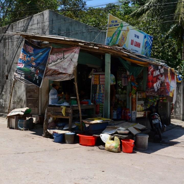 vietnam with kids hue shop