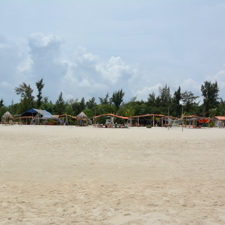 vietnam with kids chan may beach huts