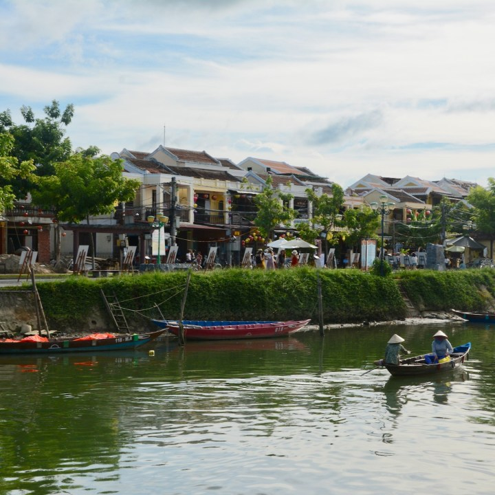 hoi an with kids riverside