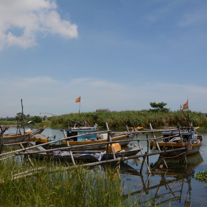 vietnam travel with kids hoi an rural bike ride boats