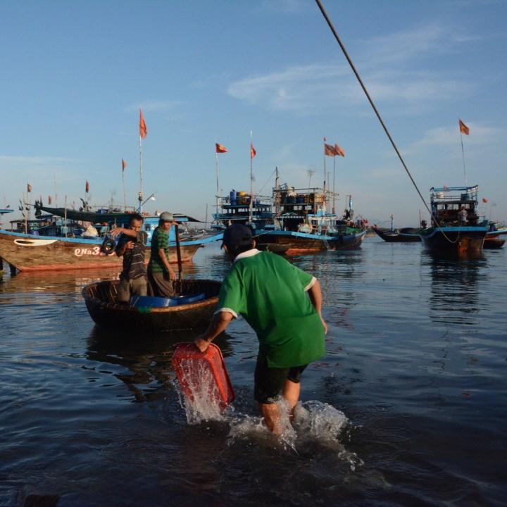 photo tour vietnam hoi an action