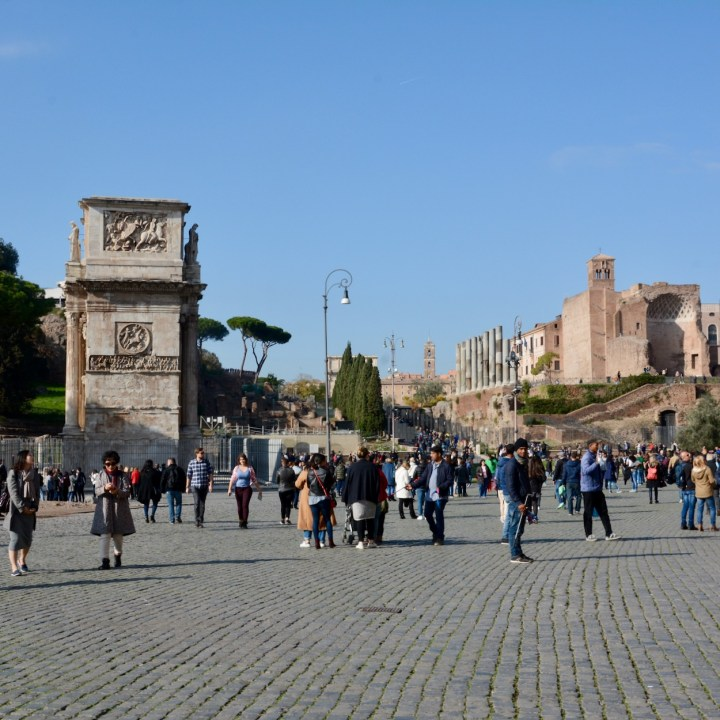 colosseum rome with kids palatine hill
