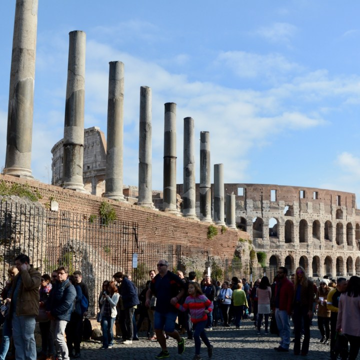 colosseum rome with kids entrance queue