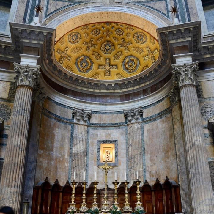 Rome with kids pantheon altar