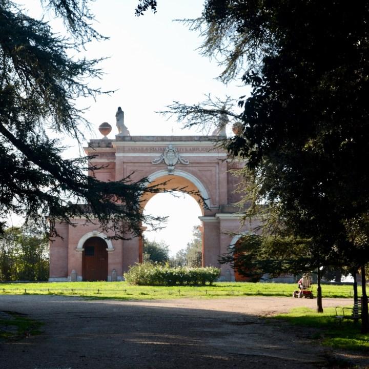 Rome with kids park entrance