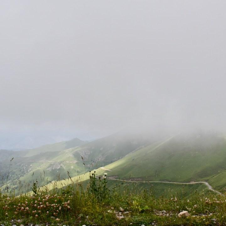 Lake Tabatskuri Georgia with kids fog