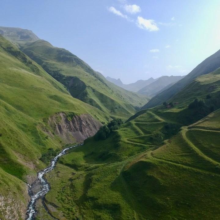Artkhmo gorge hiking with kids mounatin views