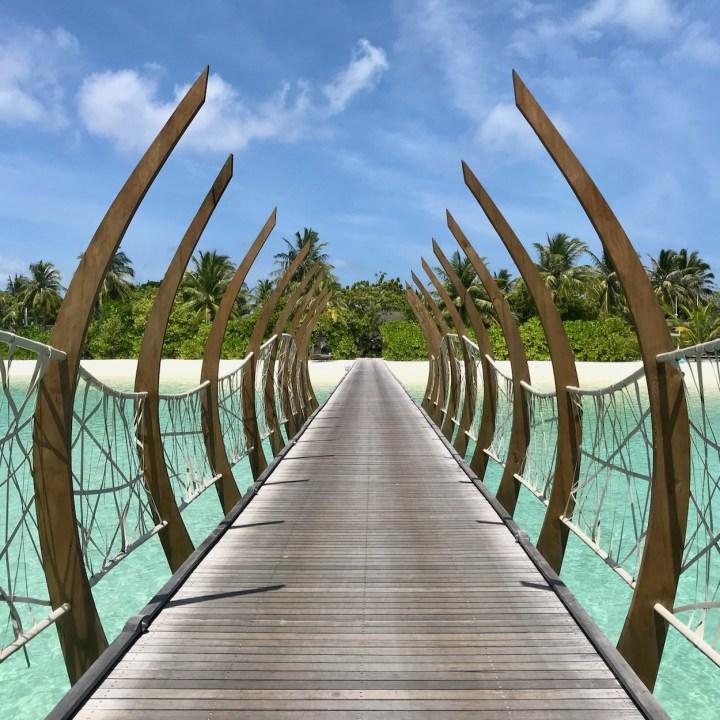 Maldives | How to Plan your Dream Holiday in the Maldives and Find the Resort/Island that's Right for You (and the Kids)