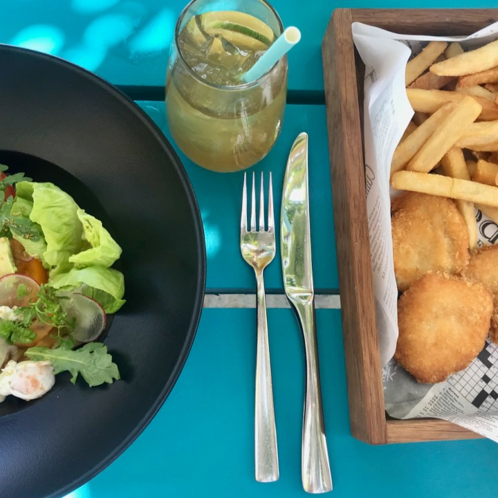 Lux South Ari lunch options