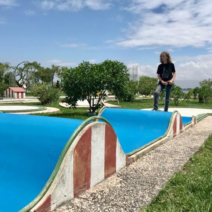 Costa Nova Portugal crazy golf parcours