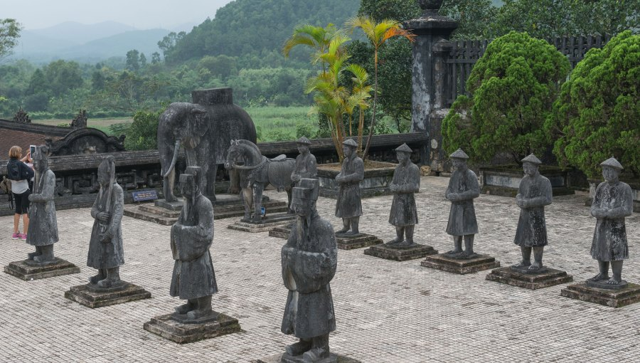 Vietnam-Statuen