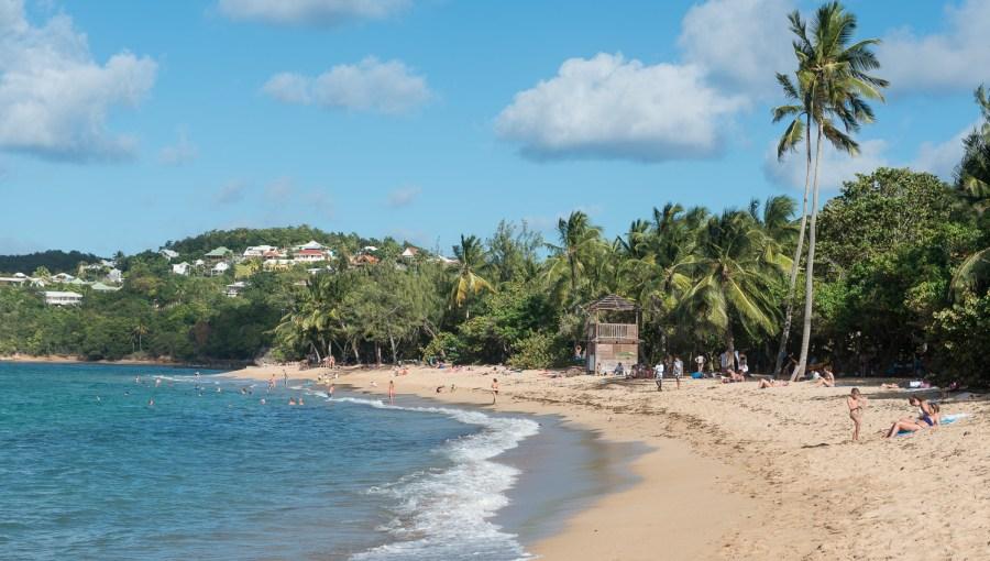 Strand unterhalb vom Hotel La Caravelle