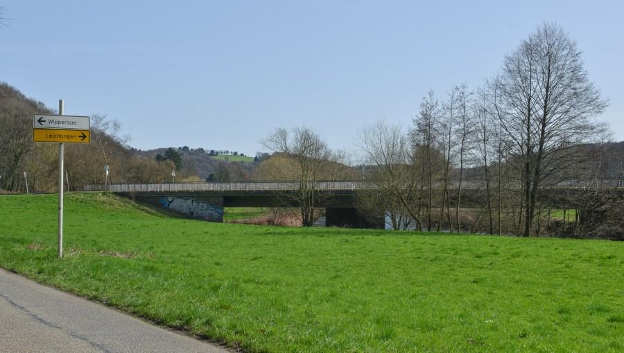 Autobrücke nach Solingen