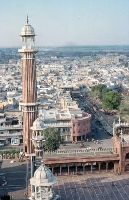 Aussicht vom Minarett der grossen Moschee in Delhi