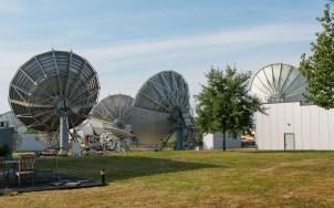 Satellitenschüsseln der Fa. CeTel