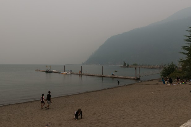 Harrison Hot Springs - See im Smog