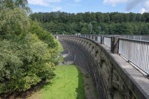 Staumauer der Lingesetalsperre