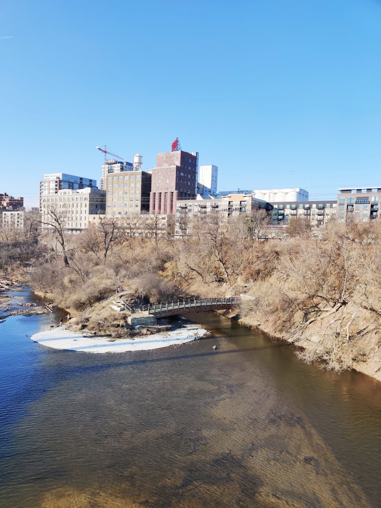 downtown minneapolis scenic spots Mississippi River