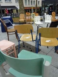 Es kamen etwa 40 Stühle zusammen