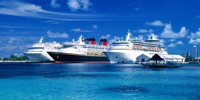 ships-in-port-770