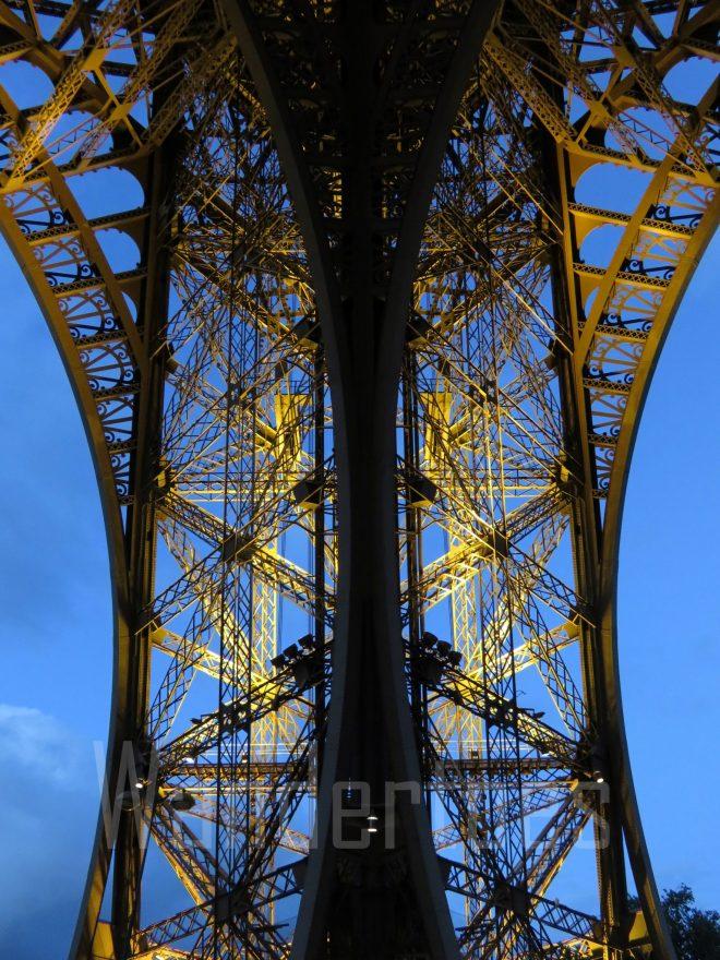 EiffelSupportSide Watermark