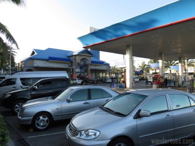 roadside-gasstation