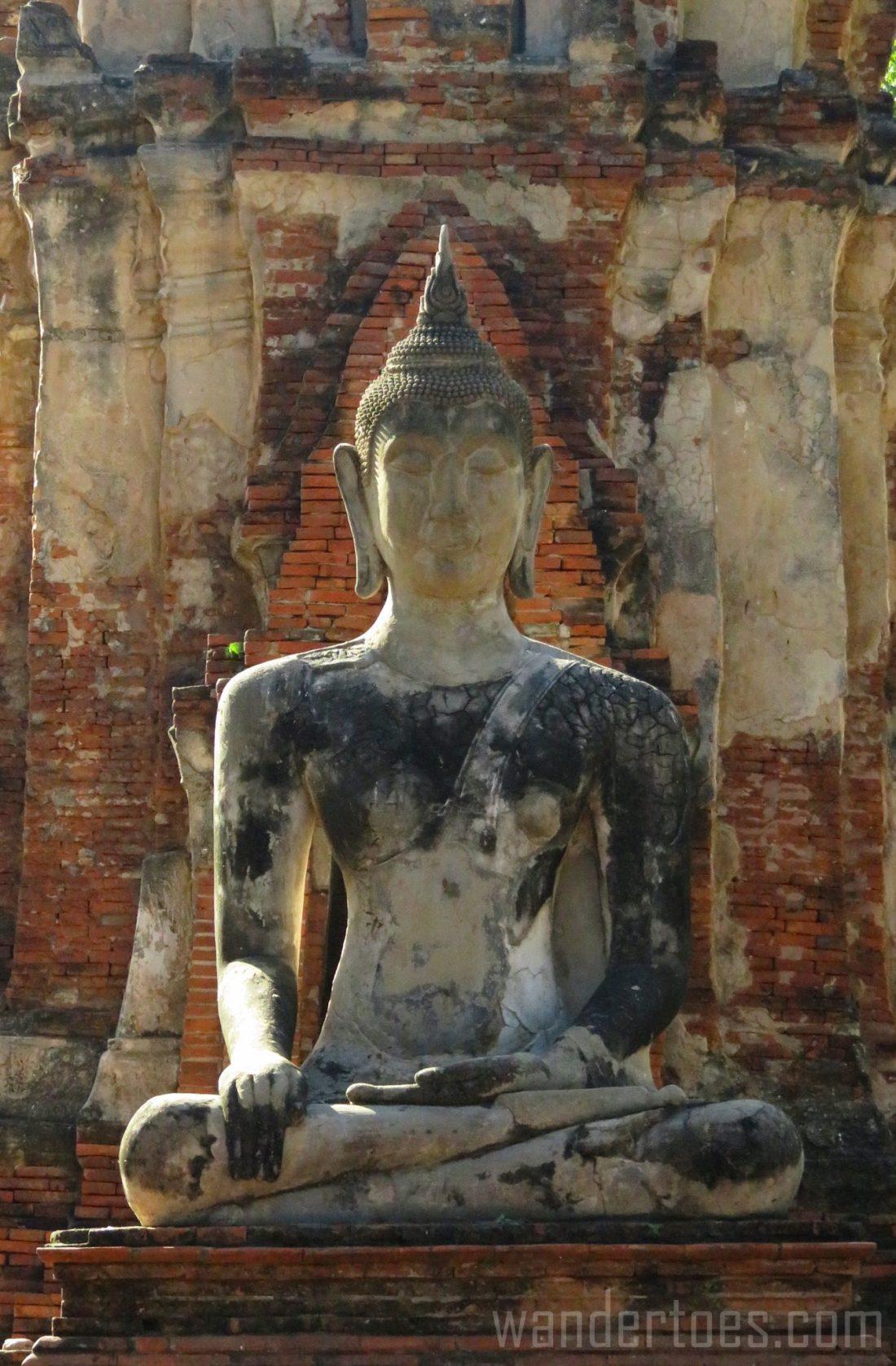 Ayutthaya Thailand Bangkok day trip travel with kids buddha