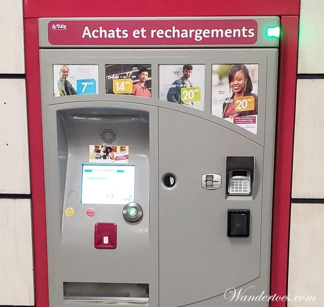 Metro Rouen machine to purchase tickets