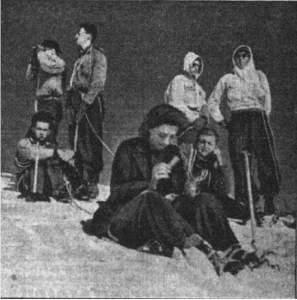 1943-09-07_Les camarades de laroute sur le Mont-Blanc 01