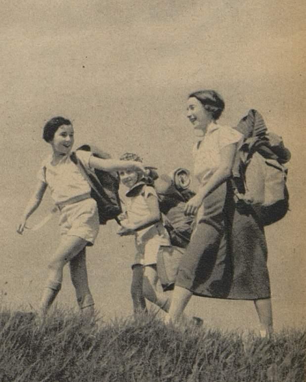 Camping-plein air_Marchons_1946_02