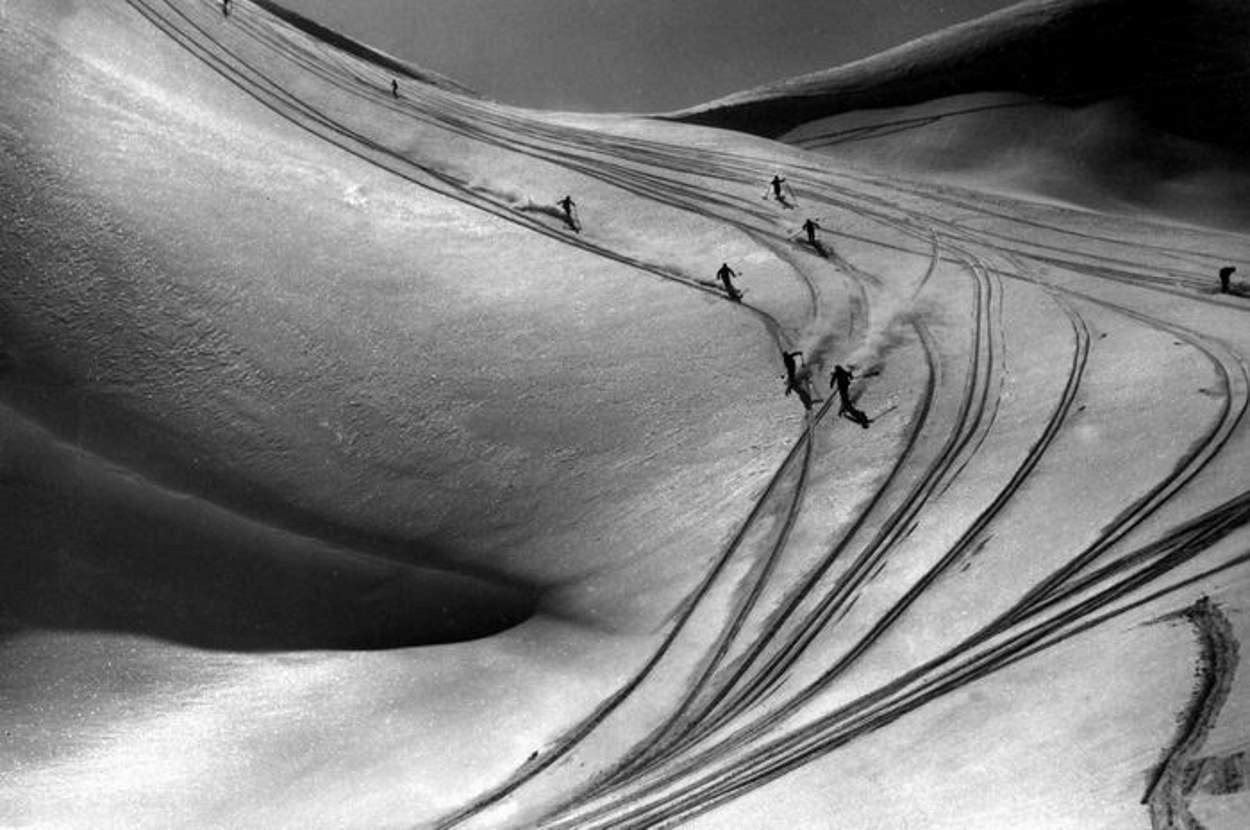 Collection JMOllivier - Raid Jeunesse et Montagne - La caravane de skieurs du raid Urdos-Luchon - 1942_04