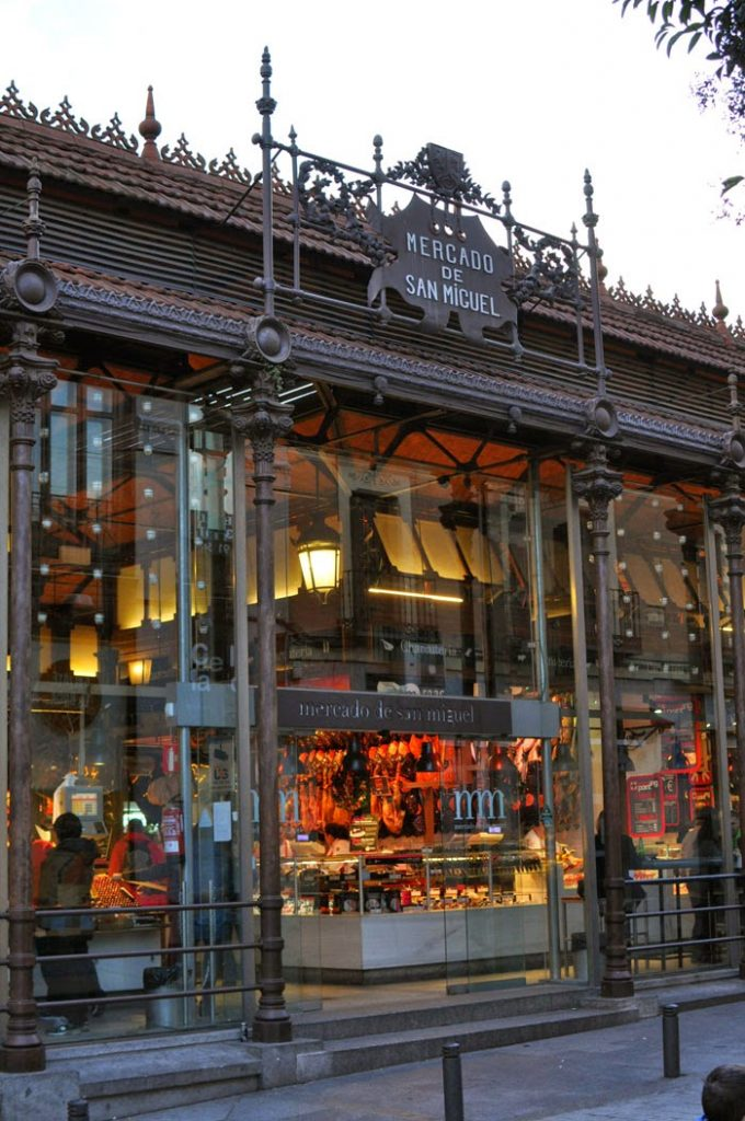 Best Food Markets in Madrid: Outside of the Mercado de San Miguel in the heart of the Spanish capital | Wanderwings.com