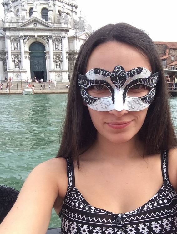 Wander with Laura gondola