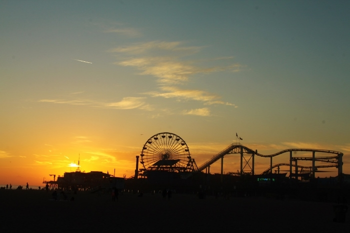 santa monica sunset on pier
