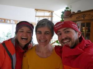 Anni, Teresa und Robert beherbergen uns am 03.04.17 - eine Outdoor Familie - so wollen wir auch mal werden, wenn wir groß sind!