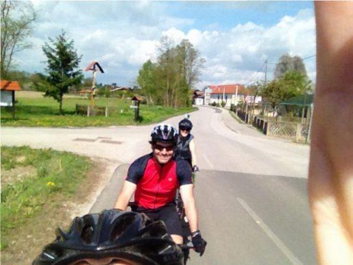 Irgendwo in Kroatien: Wir treffen Maria und Sascha aus Graz.