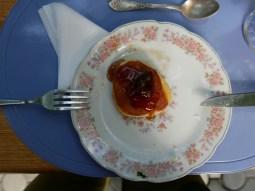 Frühstück in Lagodheki.// Breakfast in Lagodheki.